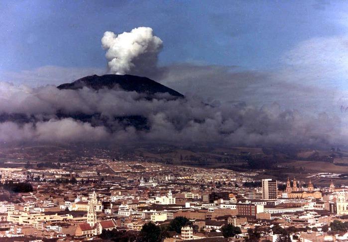 vulkan-galeras (700x485, 112Kb)