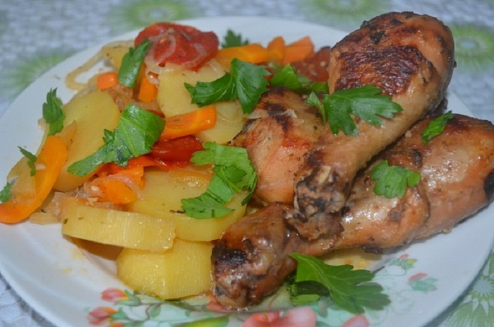 как запечь куриные грудки с овощами в духовке рецепт