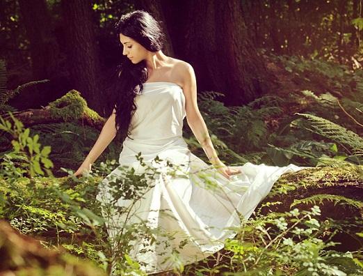 девушки в лесу красивые фото