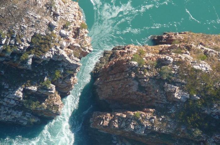водопад4 (700x464, 163Kb)