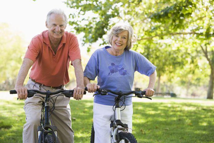 Утренняя зарядка для пожилых людей