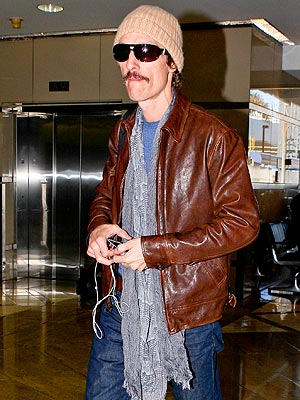 Matthew McConaughey Weight Loss Picture; Actor Dreaming of Cheeseburger : People.com
