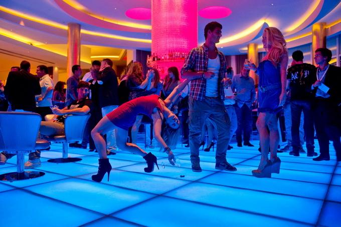 DancersAmongUs10 (680x453, 334Kb)