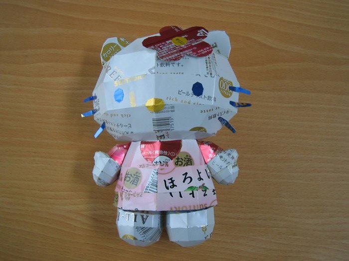 японская художница makaon жестяные банки фото 19 (700x525, 118Kb)