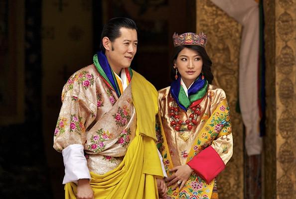 King-Jigme-Khesar-Namgyel-Wangchuck-and-Queen-Jetsun-Pema (594x400, 70Kb)