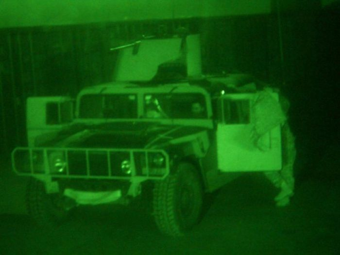 Ночное видение. Военные фотографии(700x526, 29Kb)