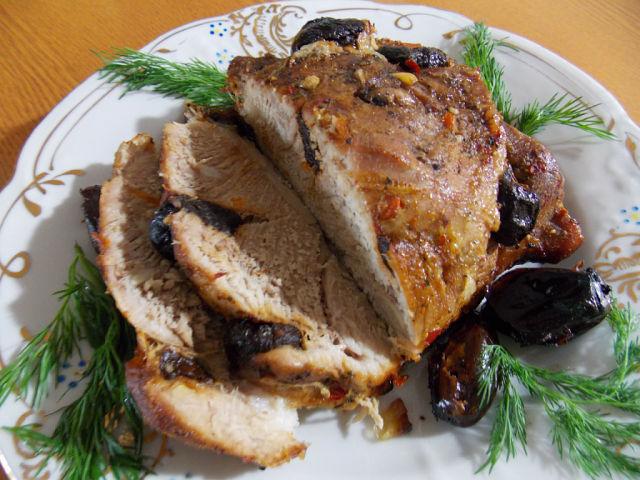 Говядина запеченная в духовке в рукаве - Рецепты с фото