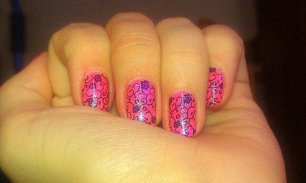 Яркий розовый маникюр 2013