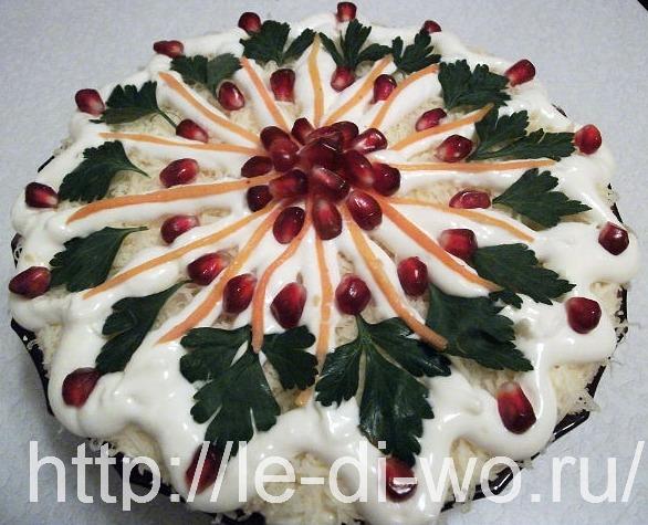 Как украсить праздничный салат фото
