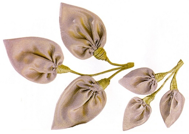 Ветки и листья из лент