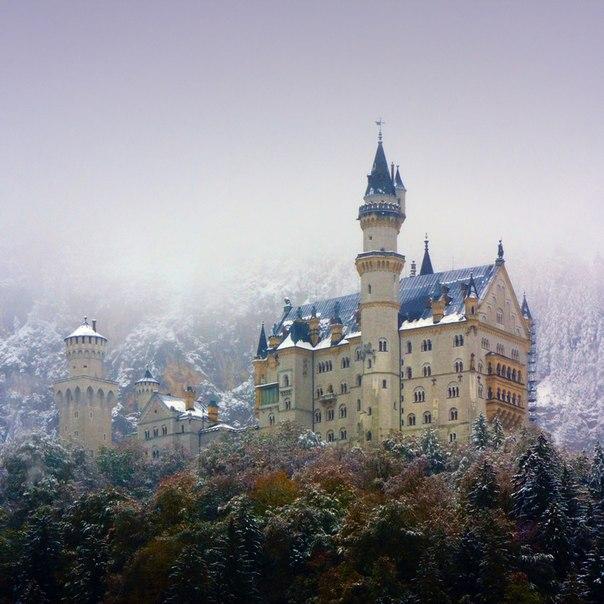 замок Нойшванштайн в Швангау, Германия- 16 (604x604, 75Kb)