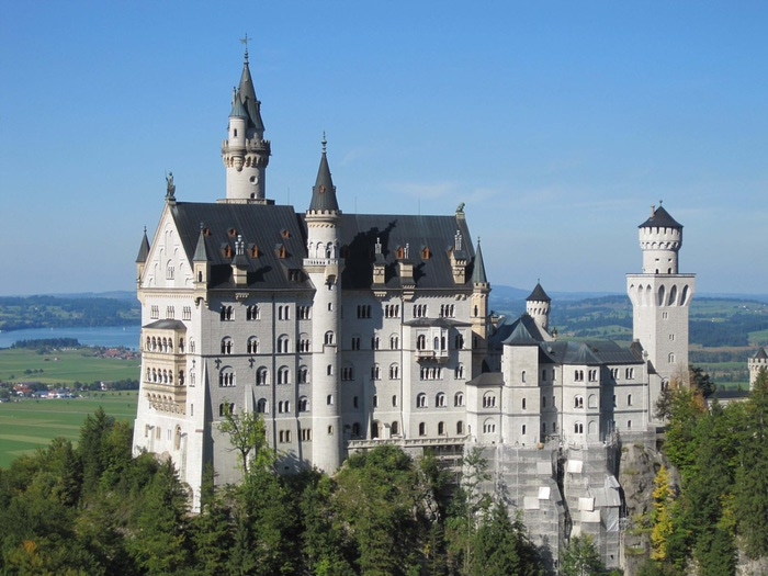замок Нойшванштайн в Швангау, Германия- 3 фото (700x525, 112Kb)
