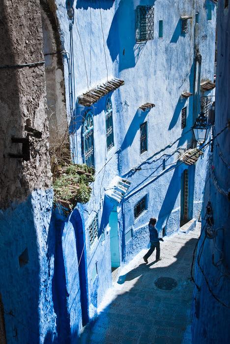 В голубом этот город всплыл, Чистота или утро в нем. 99932