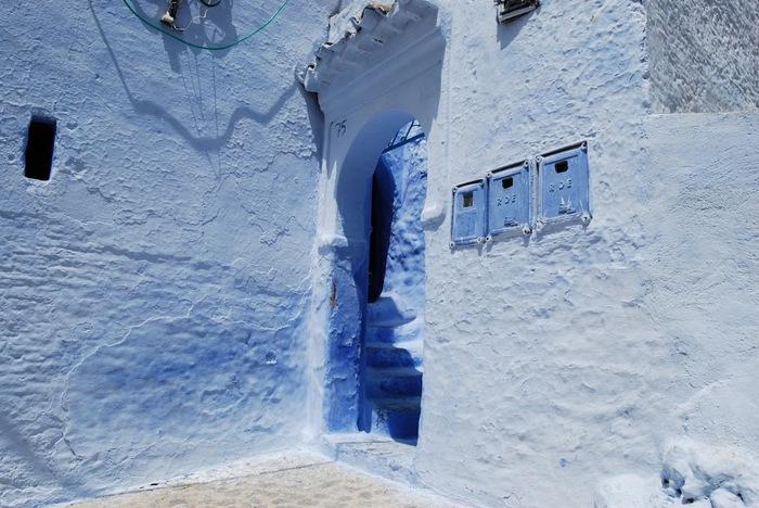 В голубом этот город всплыл, Чистота или утро в нем. 45806