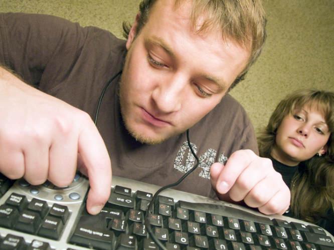 Программа выходного дня – интернет казино, телевизор, сон.