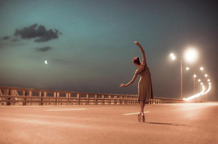 3185107_balerina_tancyet (700x462, 42Kb)