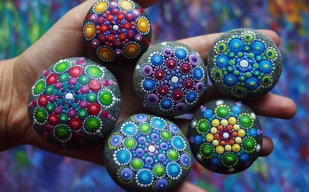 рисунки на камнях Элспет МакЛин 1 (604x377, 275Kb)