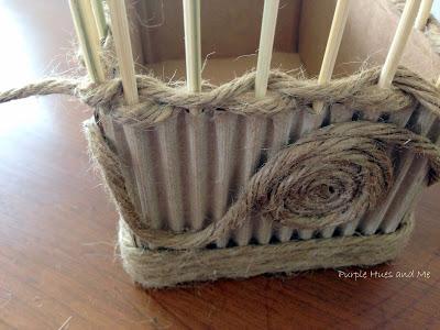 Декоративная ваза из картона, джута и шашлычных палочек (11) (400x300, 113Kb)