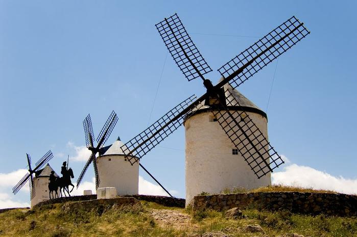Ветряные мельницы Ла Манча фото 1 (700x465, 290Kb)