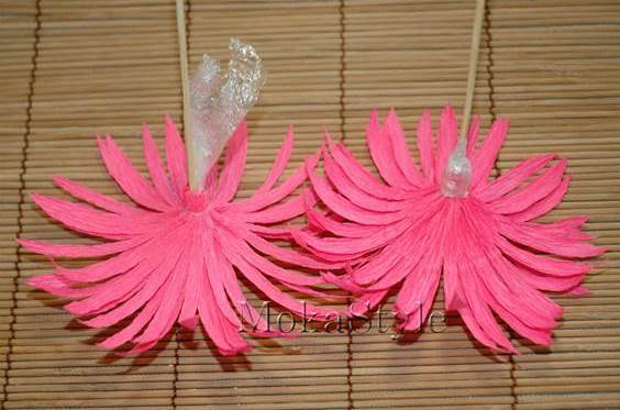 DIY-Chocolate-Gerbera-Flower-Bouquet-12 (564x373, 184Kb)