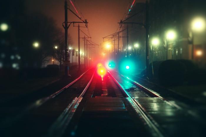 2013-09-23_07_Railroad-Rals-Black-Light-Night (700x466, 46Kb)