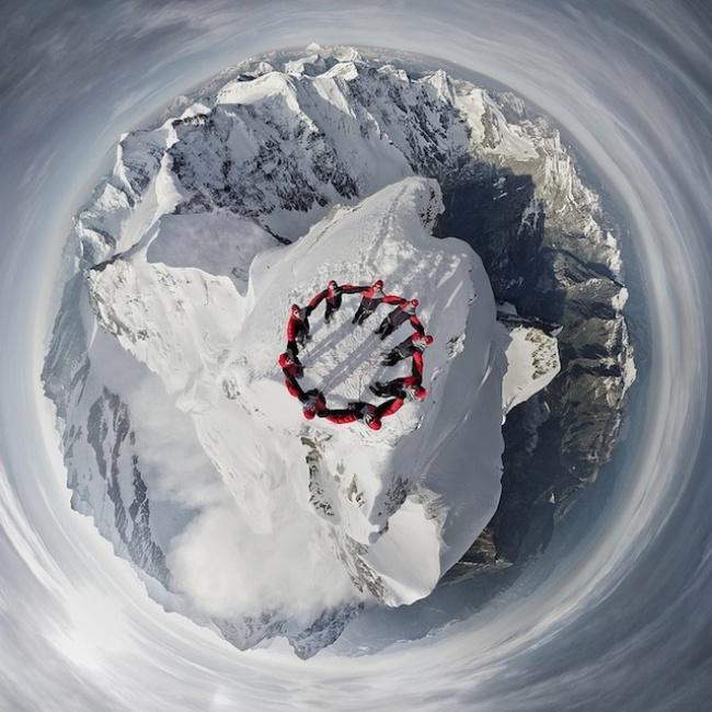 прикольная фотосессия альпинистов Mammut 2 (650x650, 304Kb)