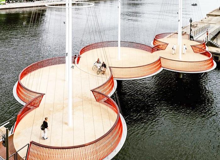 пешеходный мост в Копенгагене 2 (700x511, 422Kb)
