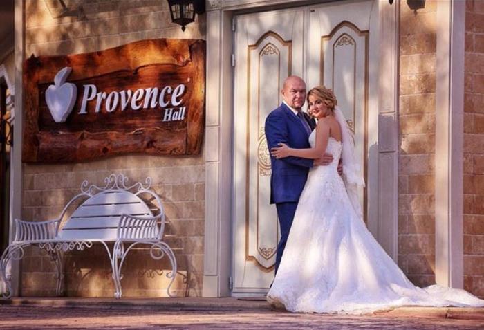 В Уфе для невесты собственная свадьба стала сюрпризом