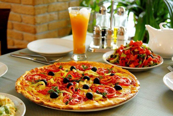 тонкая пицца/3740351_tonkaya_picca (700x468, 83Kb)