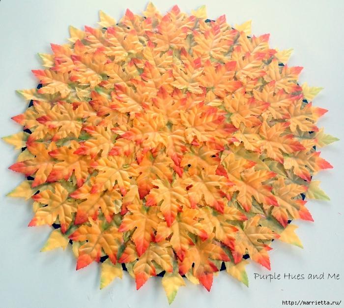 Декоративная салфетка из искусственных осенних листьев (7) (700x626, 365Kb)