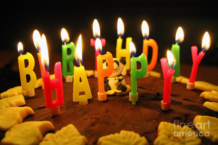 happy-birthday-candles-lars-ruecker[1] (700x466, 58Kb)