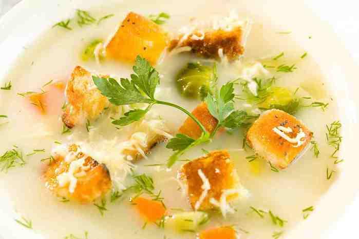 zupa-jarzynowa-z-grzankami (700x466, 16Kb)