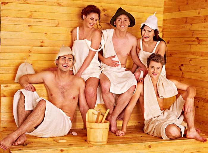 С мамиными подругами в бане смотреть онлайн 14 фотография