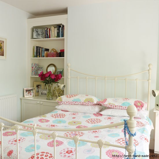 Pretty-floral-bedroom (550x550, 118Kb)