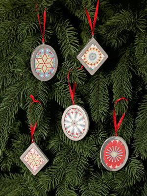wrapping-paper-ornaments-decorating-1209-mdn (300x400, 82Kb)