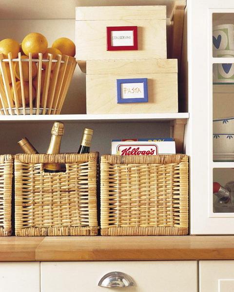 smart-storage-in-wicker-baskets-kitchen5 (480x600, 97Kb)
