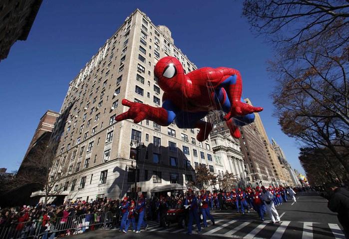 парад ко дню благодарения нью-йорк 10 (700x479, 117Kb)
