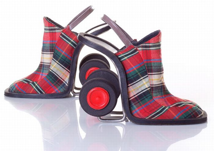 unusual_shoe_designs_09 (700x494, 45Kb)