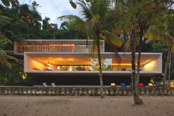 Дом в стиле минимализм Paraty House 4 (600x400, 54Kb)
