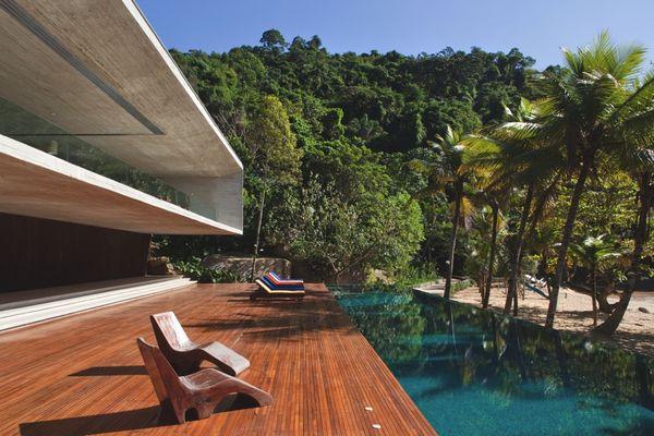 Дом в стиле минимализм Paraty House 6 (600x400, 56Kb)
