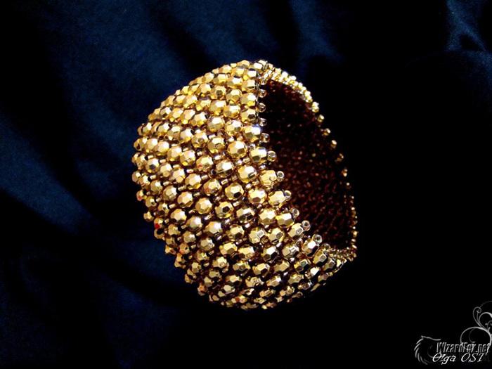 Очень красивая иммитация золотого браслета из бисера.  МК.