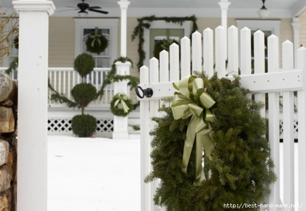 Outdoor-Christmas-Decorations-with-colorful-accesories-photos-012-600x414 (600x414, 113Kb)
