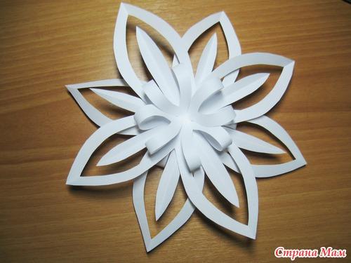Снежинки цветы из бумаги своими руками