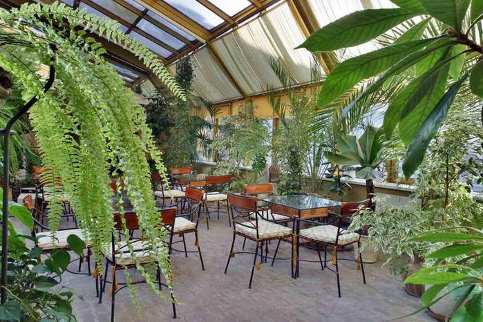 Алюминиевые зимние сады давно полюбились многим.  Такие сады становятся прекрасным способом обрести...