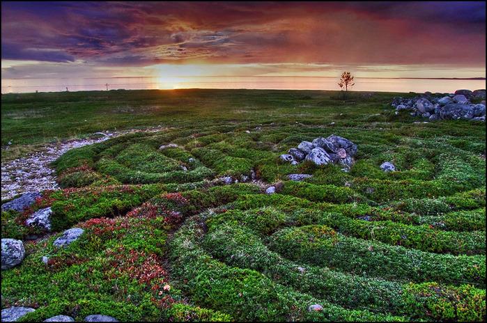Закат над древним святилищем. Соловки/3673959_la12_3_ (700x464, 220Kb)