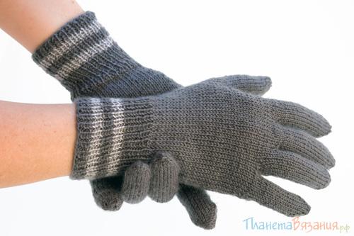 Левую перчатку вяжем в