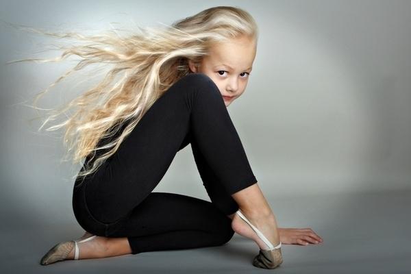 девочки, девушки, девчонки, фото девочек, фото девушек, девчонки фото, фото детей, маленькаяч девочка фото, фото подростков девочек, частное фото девочек/1783336_devchonki_54 (600x400, 86Kb)