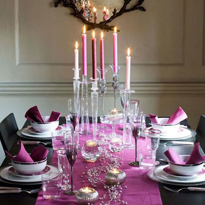pink-fresh-christmas-dining-table-decorating-design-2 (700x700, 75Kb)
