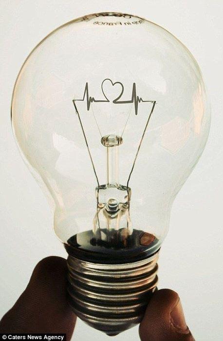 жизнь в лампочках Адриан Лимани фото 9 (458x700, 39Kb)