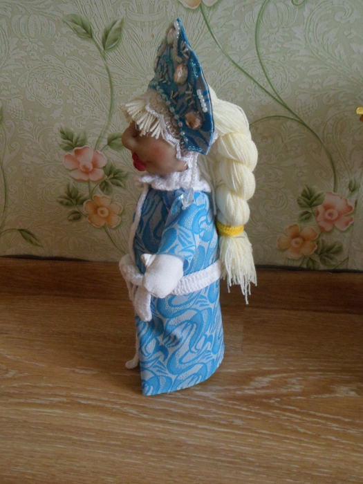 Снегурочка своими руками из пластиковой бутылки мастер класс